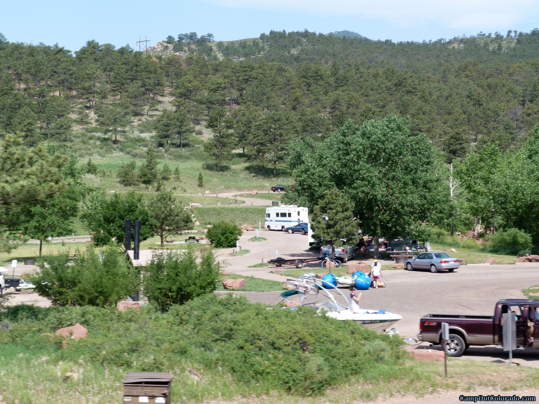 camp-out-colorado-carter-lake-boat-parking