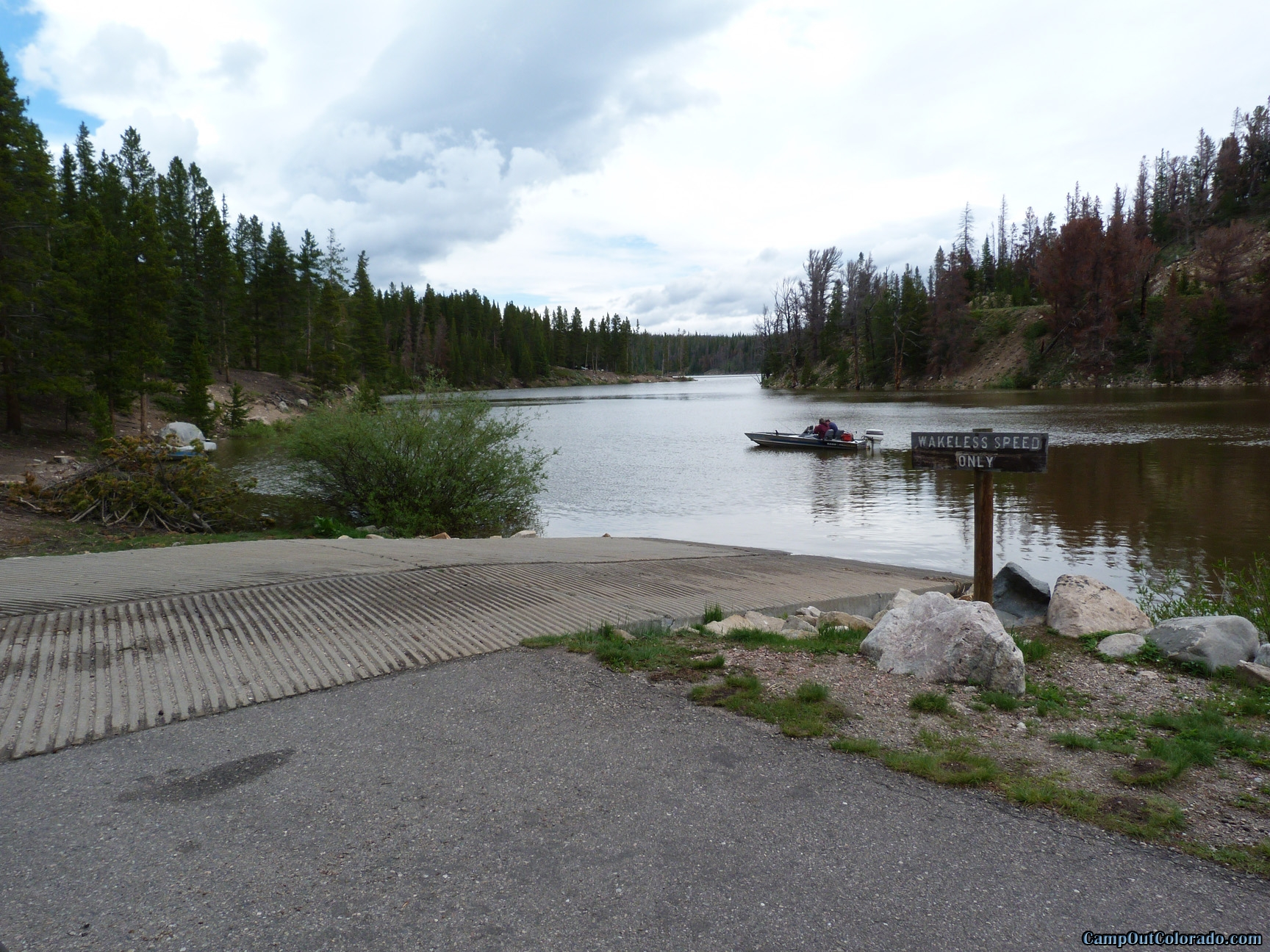 camp-out-colorado-chambers-lake-campground-boat-ramp-wakeless