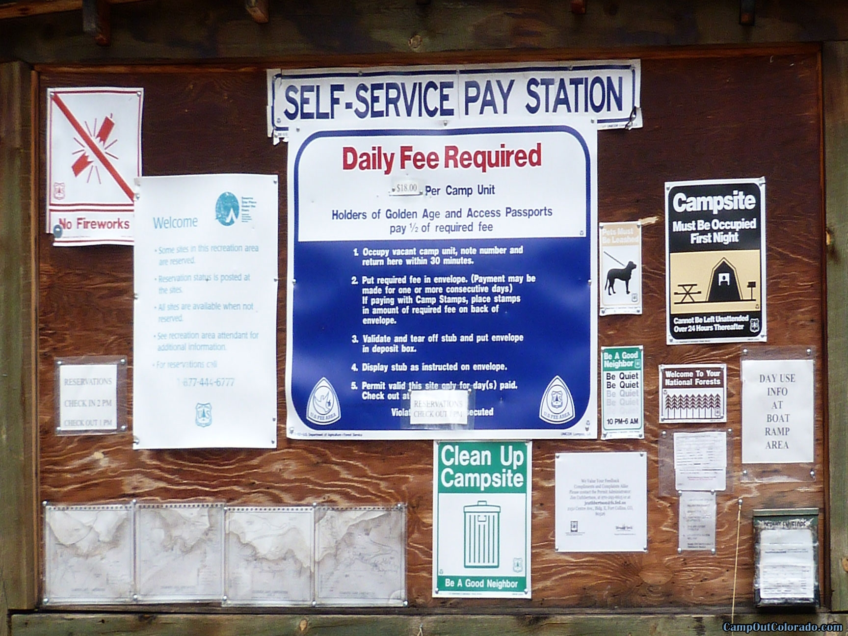 camp-out-colorado-chambers-lake-campground-kiosk