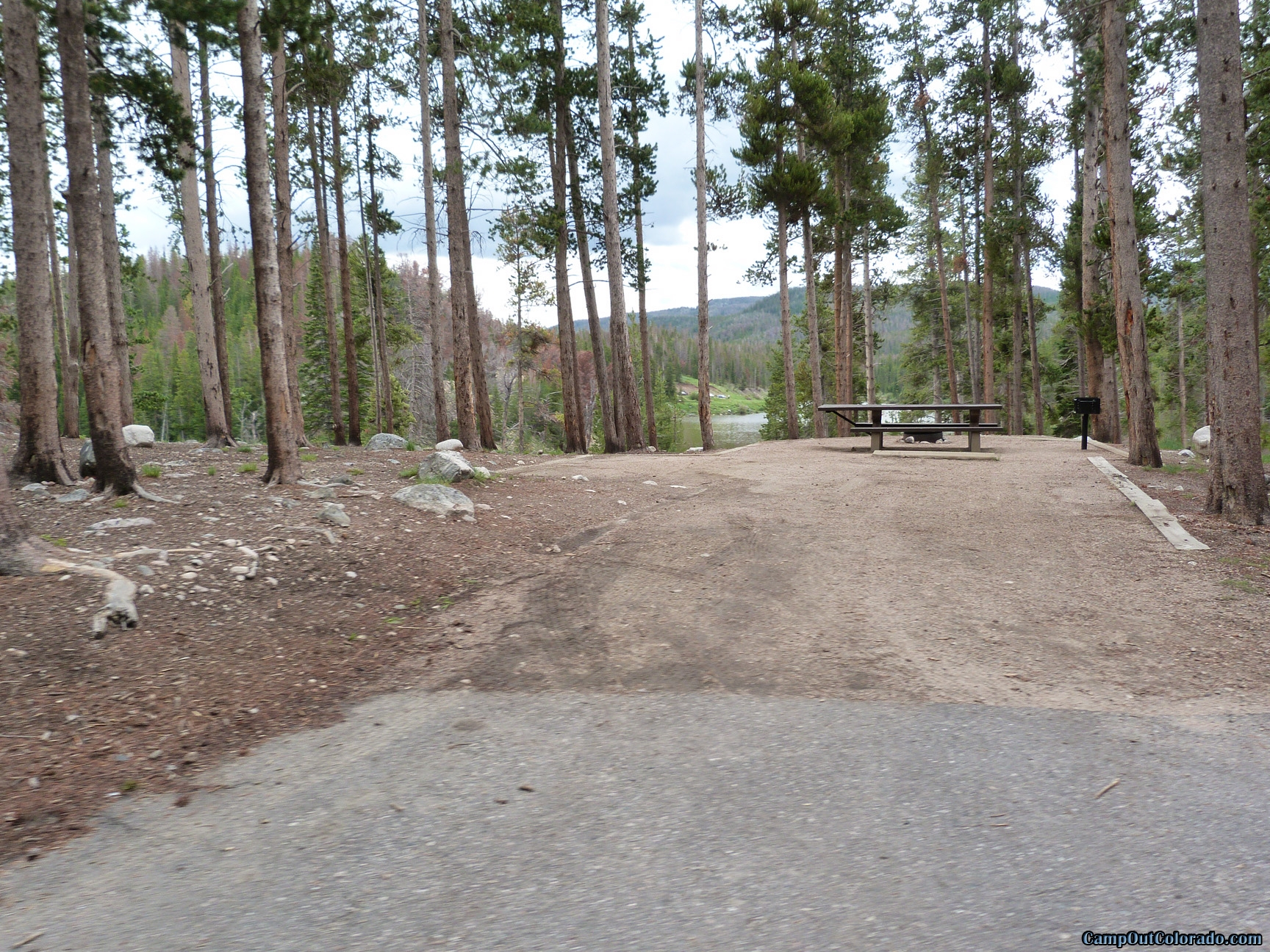 camp-out-colorado-chambers-lake-campground-lake-overlook
