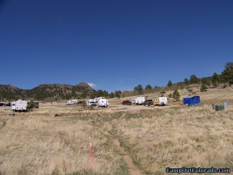camp-out-colorado-eleven-mile-state-park-pull-through-campsites