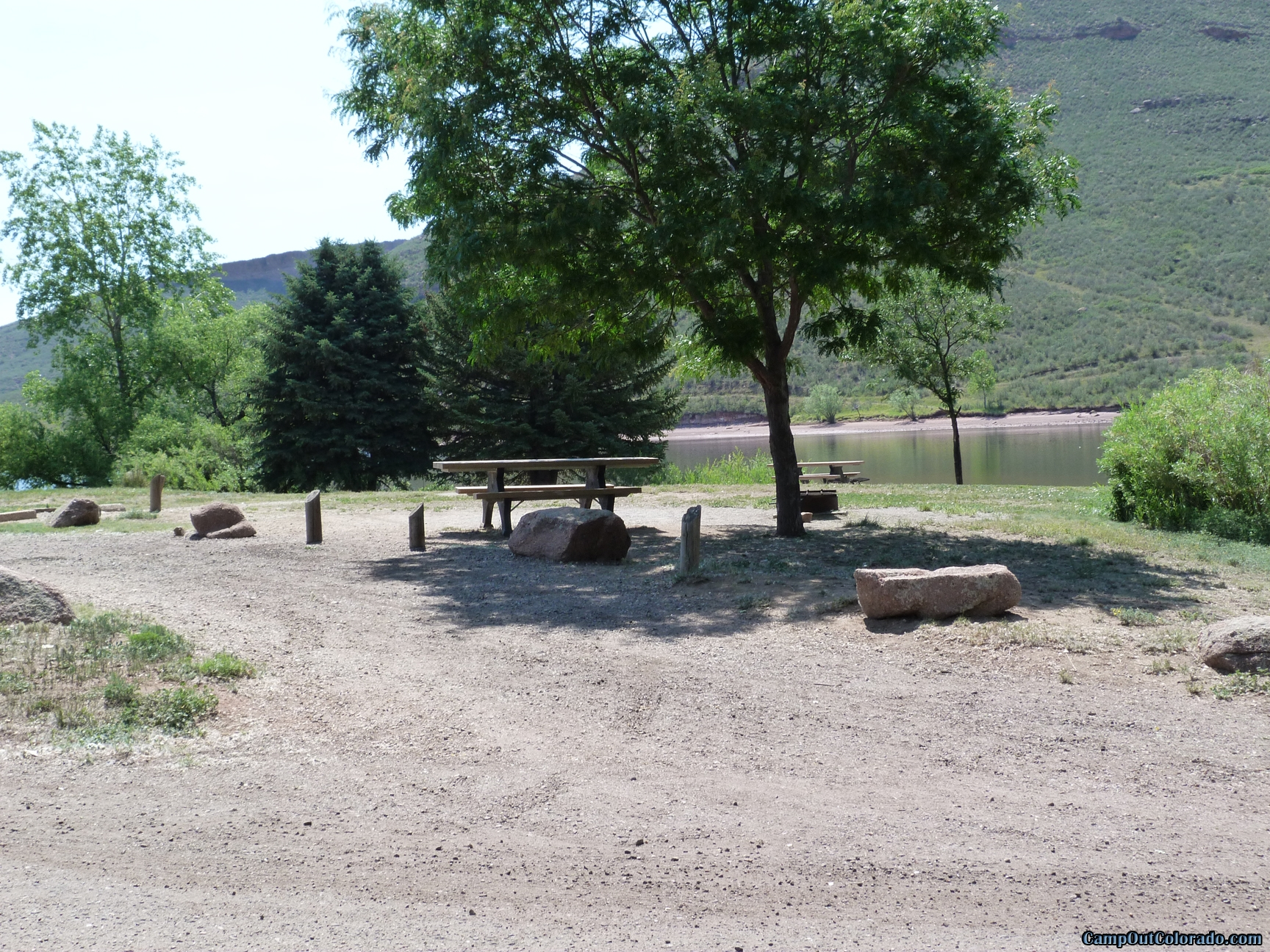 camp-out-colorado-flatirons-reservoir-level-campsite