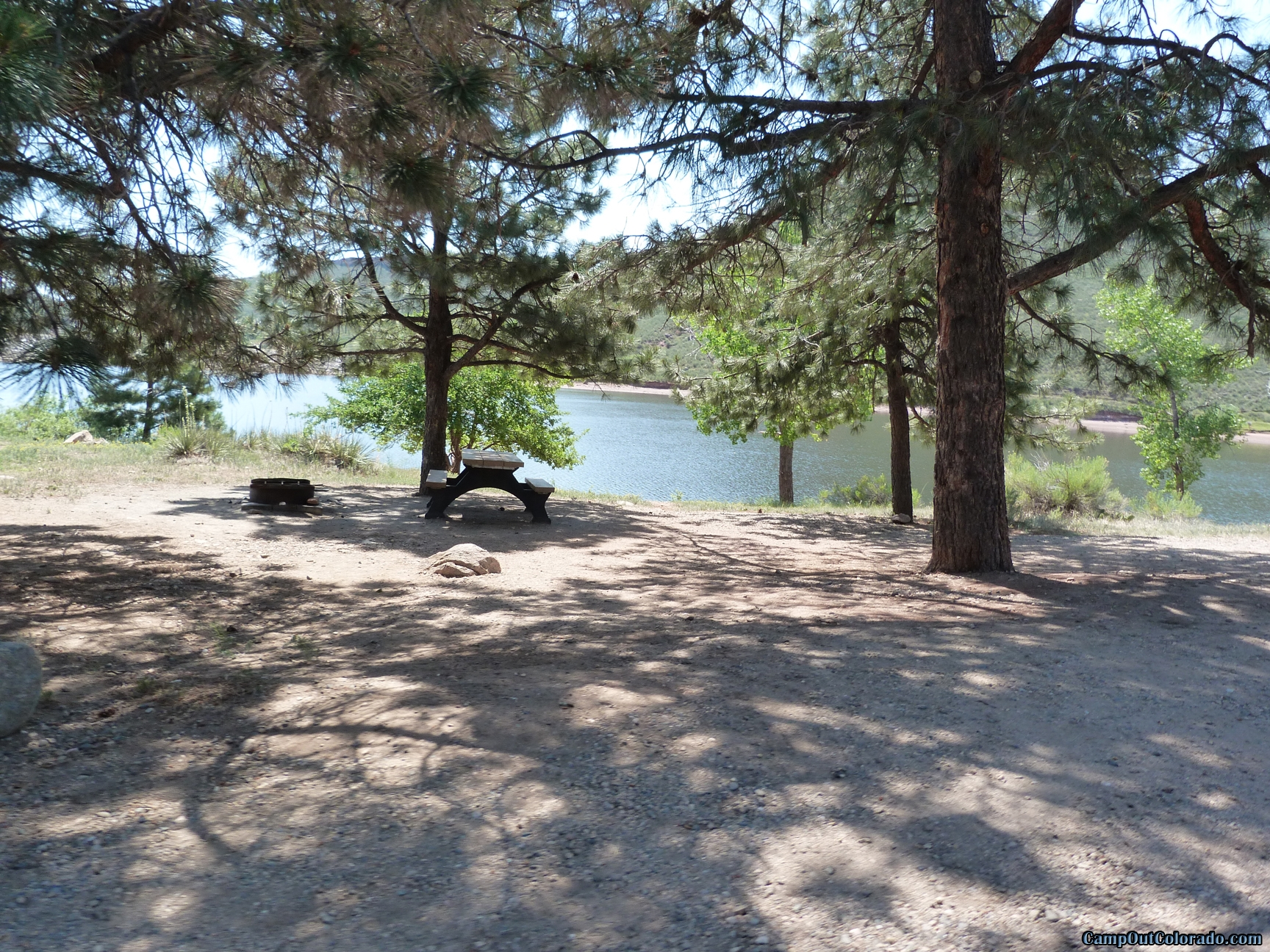camp-out-colorado-flatirons-reservoir-shaded-lake-side-camping