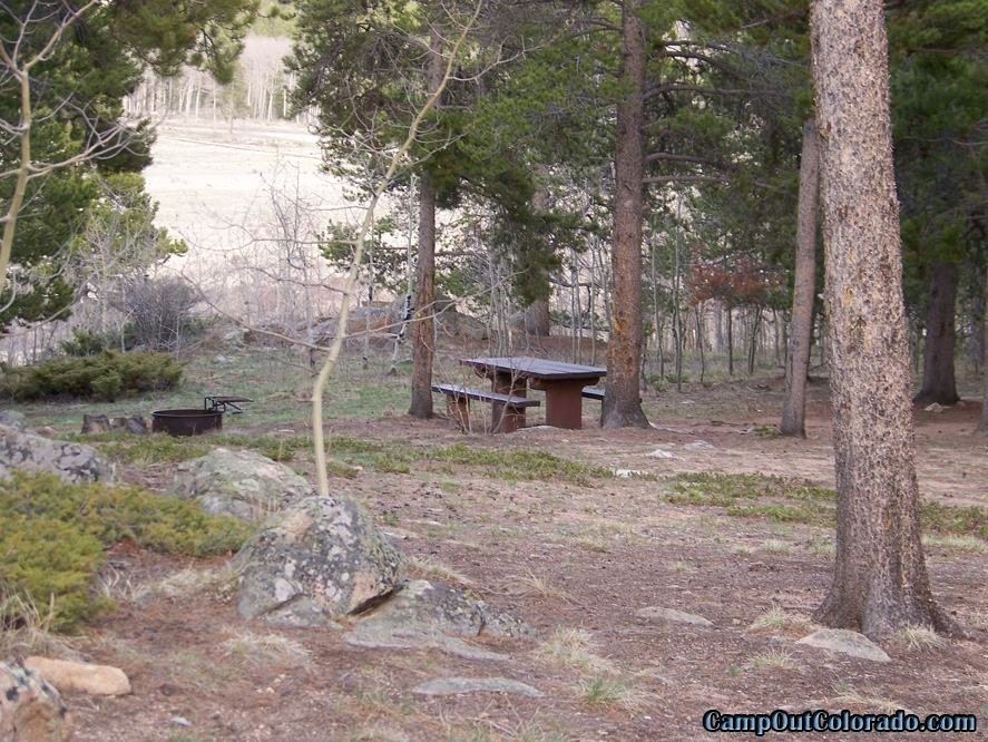 camp-out-colorado-kenosha-pass-campground-campsite-spread