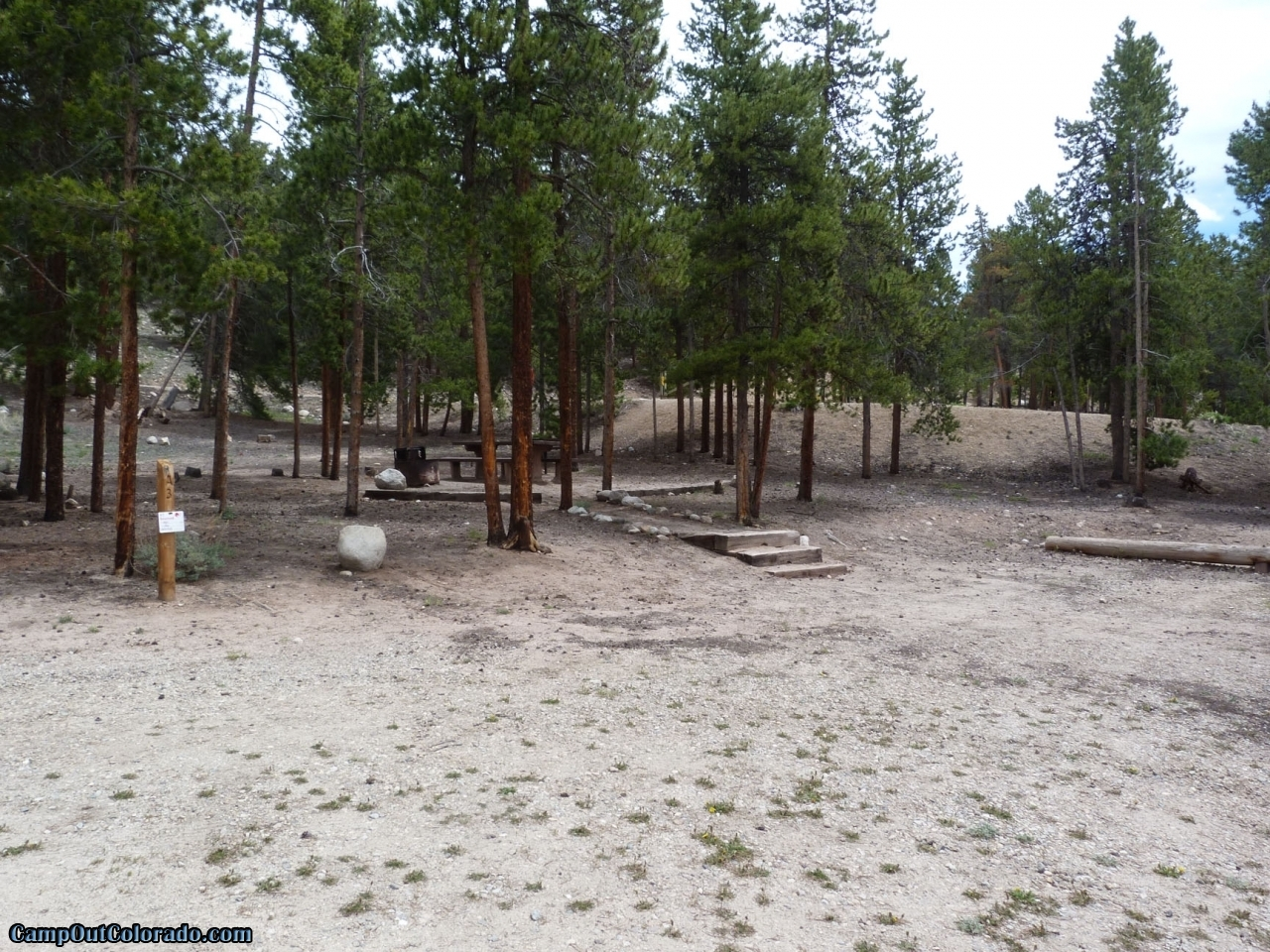 camp-out-colorado-lakeview-campground-flat-camping