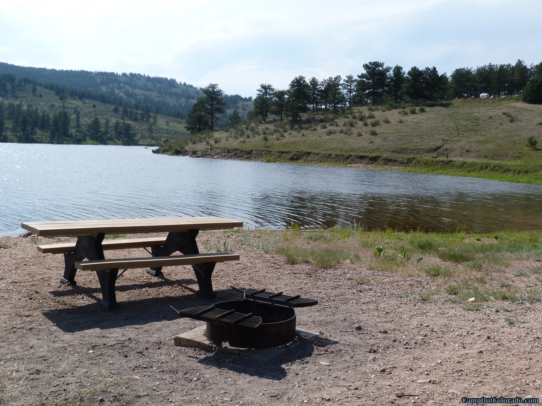 camp-out-colorado-pinewood-camping-at-the-lake