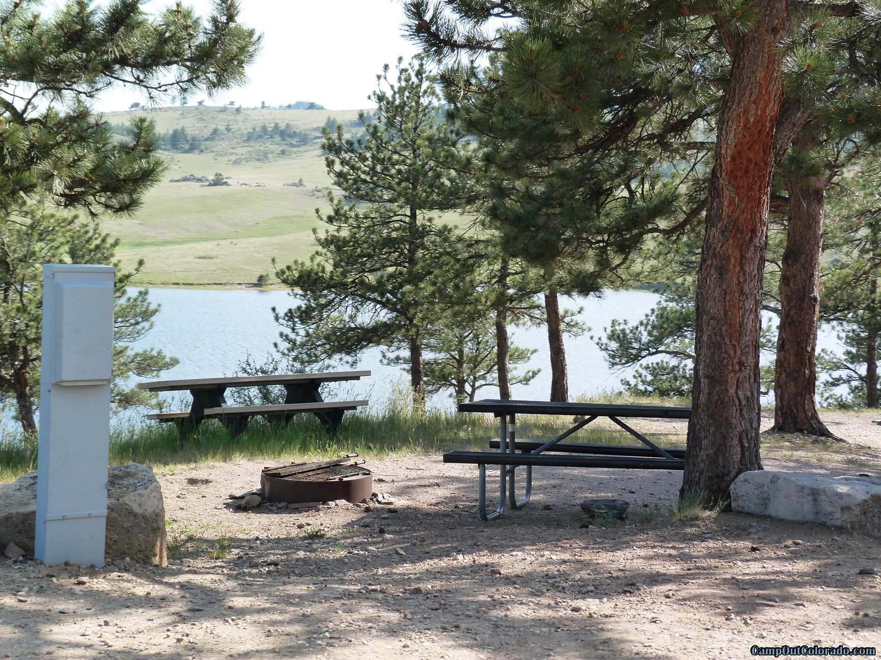 camp-out-colorado-pinewood-campsite-power