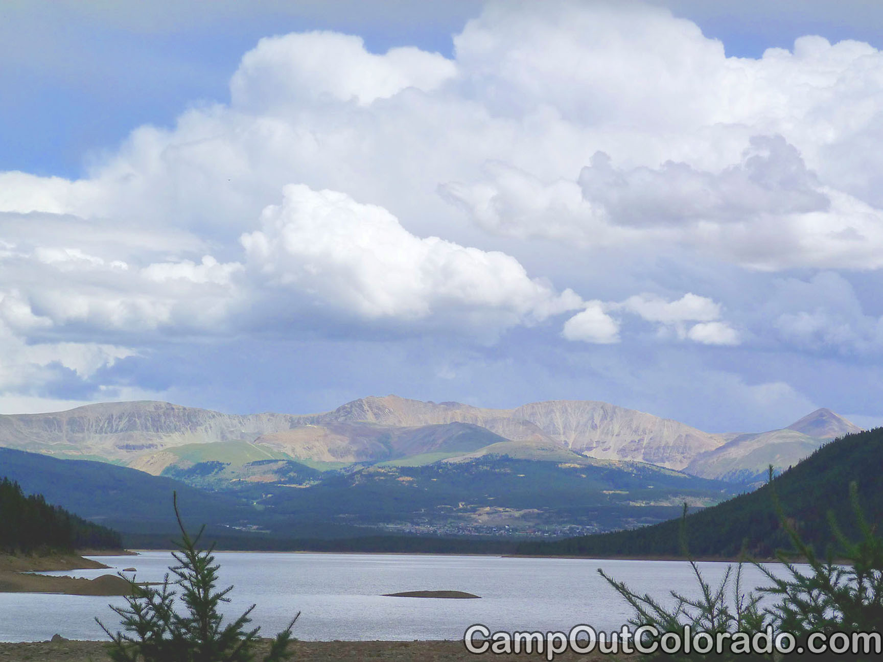 Camp-out-colorado-turquoise-lake-vista