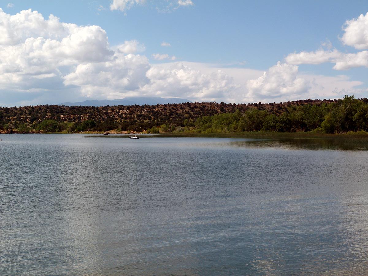 Campoutcolorado-lathrop-state-park-campground-calm-lake