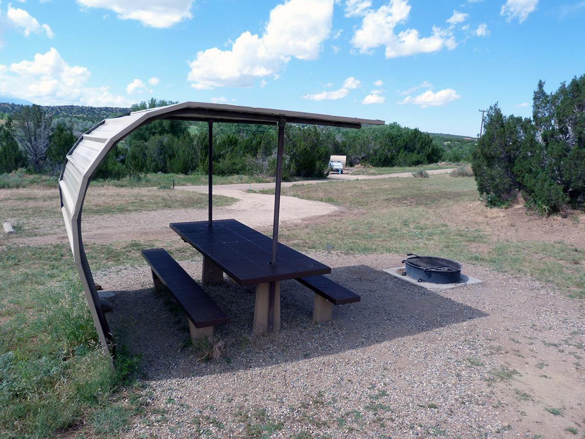 Campoutcolorado-lathrop-state-park-campground-road