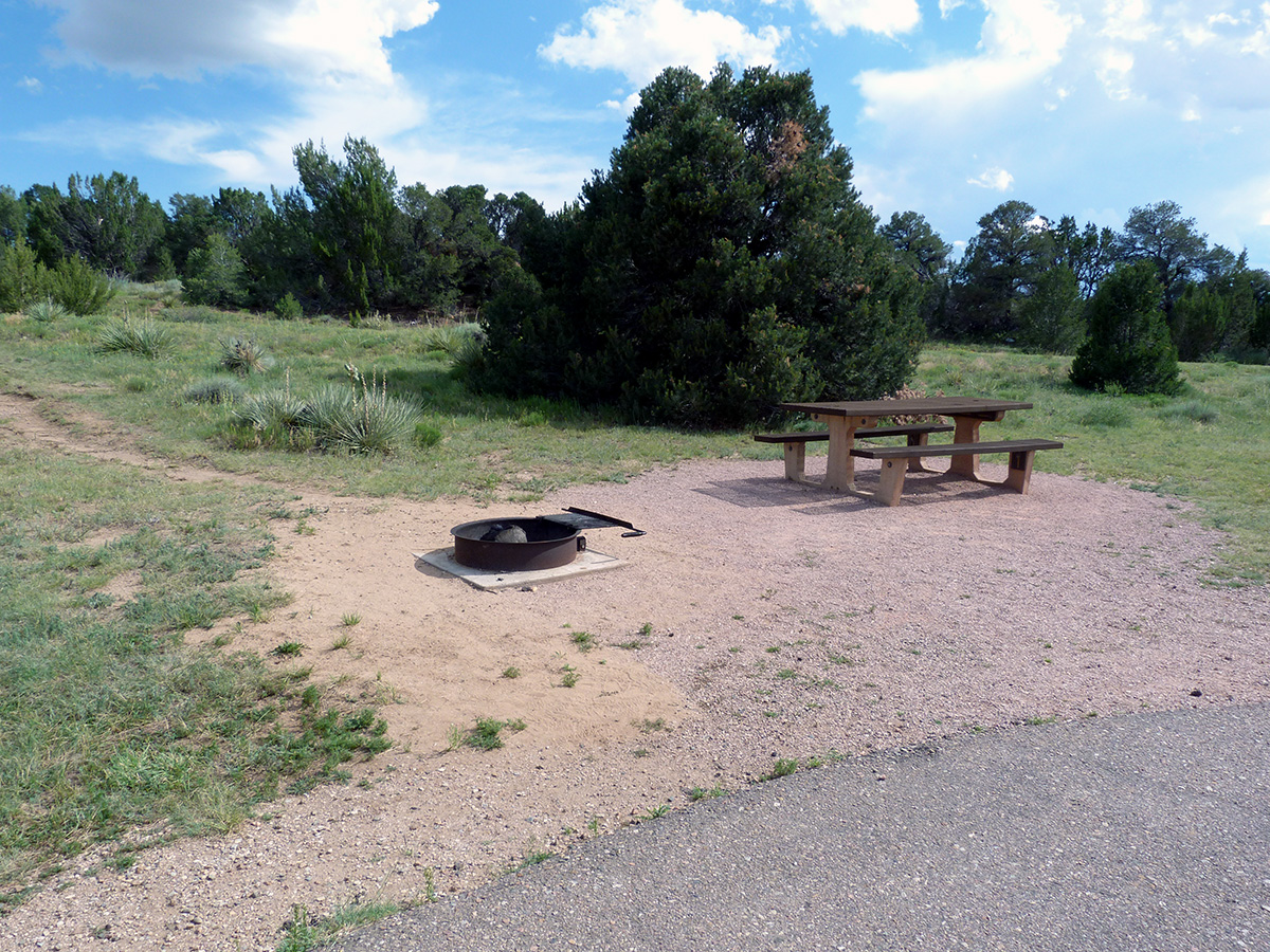 Campoutcolorado-lathrop-state-park-campground-roadside-campsite