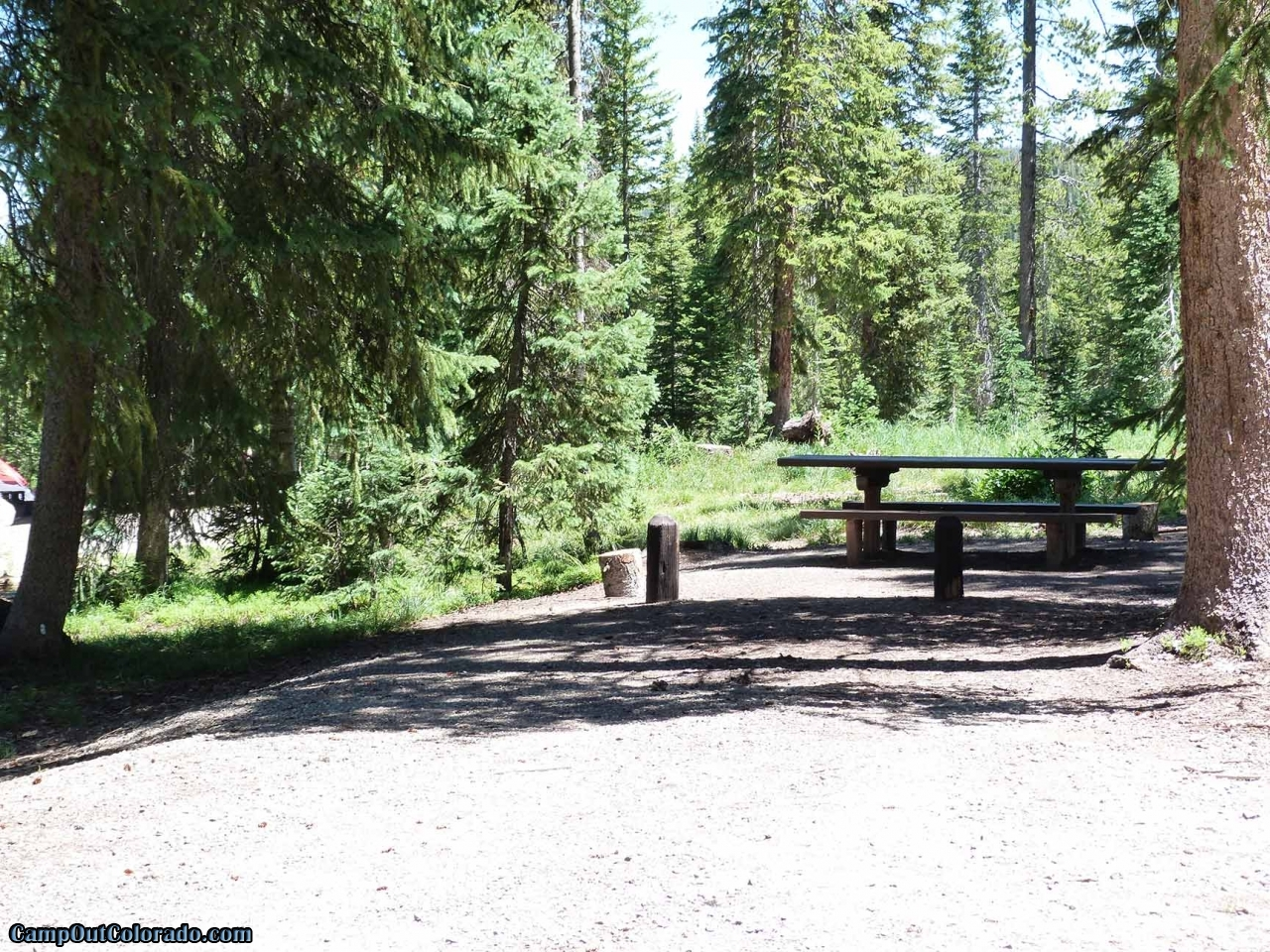 campoutcolorado-meadows-campground-rabbit-ears-level-campsite