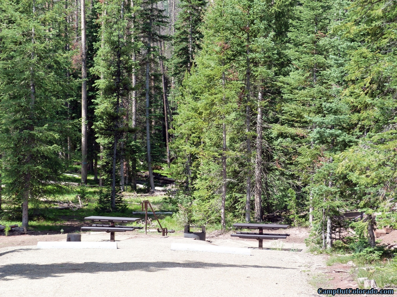 hahns-peak-lake-campground-ada-double-campsite