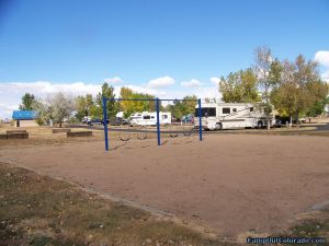 boyd-lake-campsite-playground