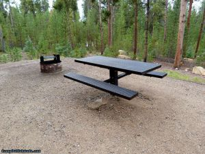 Camp-out-colorado-baby-doe-turquoise-lake-new-tables