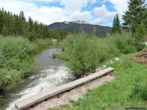 camp-out-colorado-chambers-lake-campground-inlet-stream