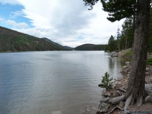 camp-out-colorado-chambers-lake-campground-lake-view