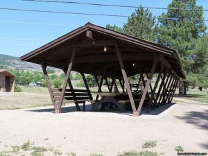 camp-out-colorado-flatirons-reservoir-group-area