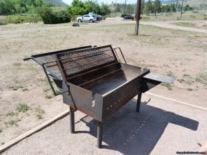 camp-out-colorado-flatirons-reservoir-group-bbq