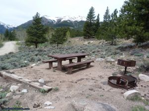 camp-out-colorado-lakeview-campground-rocky-campsite