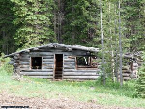 camp-out-colorado-ranger-lakes-campground-cabin.jpg