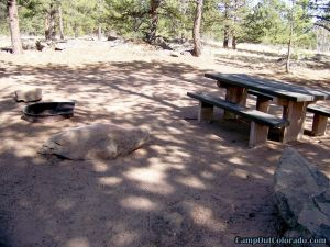 camp-out-colorado-round-mountain-campground-campsite