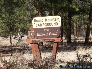 camp-out-colorado-round-mountain-campground-sign