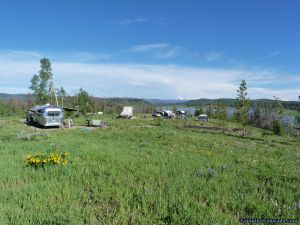 camp-out-colorado-steamboat-lake-campsite-spacing