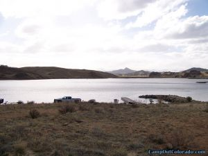 camp-out-colorado-tarryall-reservoir-campground-boating-area