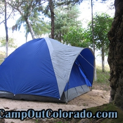 camping-tent-tree