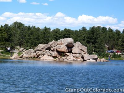 Campoutcolorado-dowdy-lake-campground-fishing-rocks