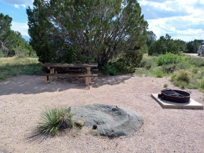 Campoutcolorado-lathrop-state-park-campground-campsite-rock