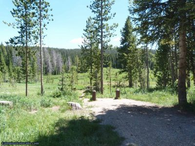 campoutcolorado-meadows-campground-rabbit-ears-edge