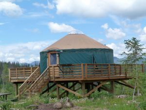 pearl-lake-state-park-campground-elevated-yurt