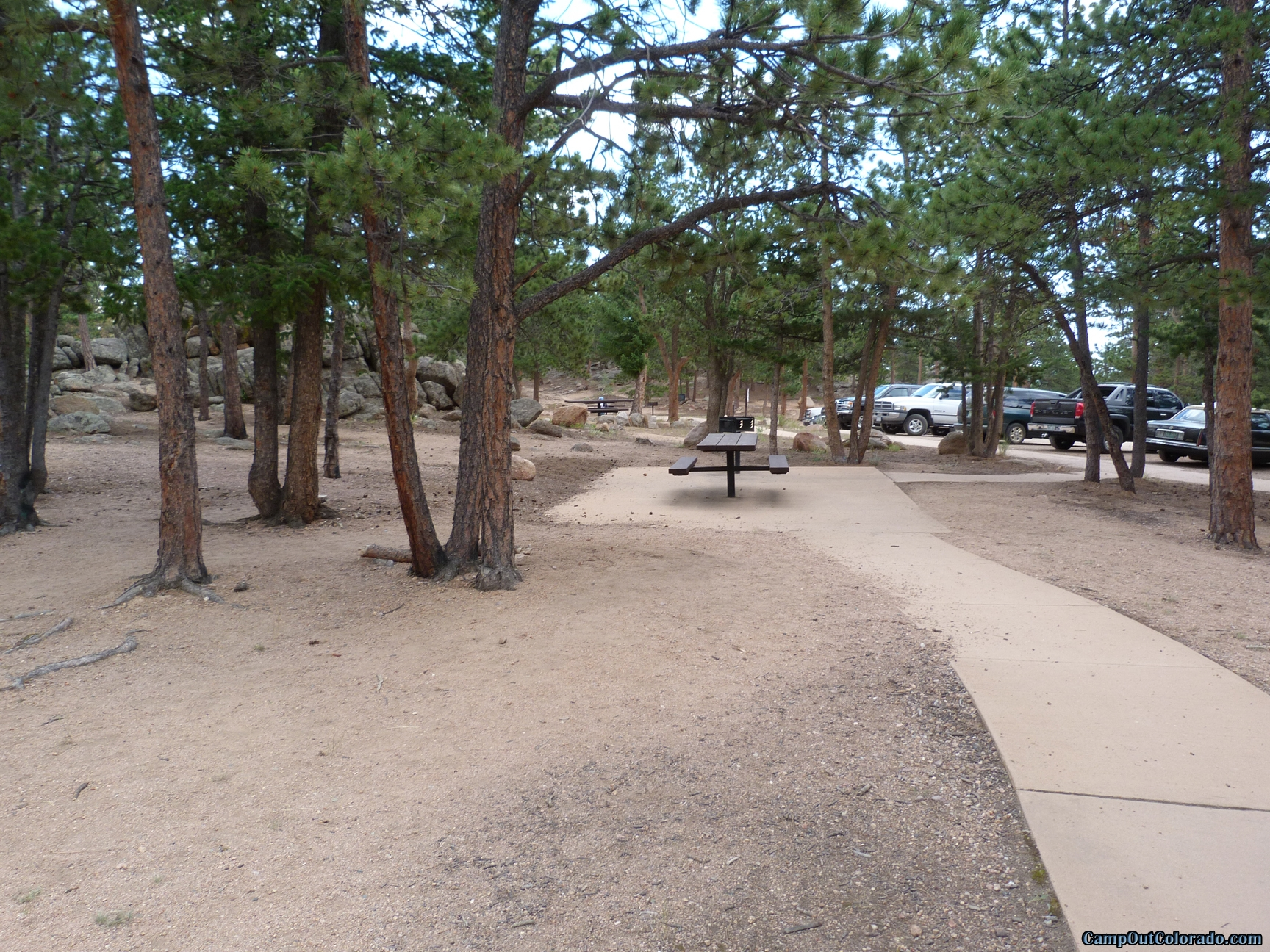 camp-out-colorado-bellaire-lake-day-use-area-parking