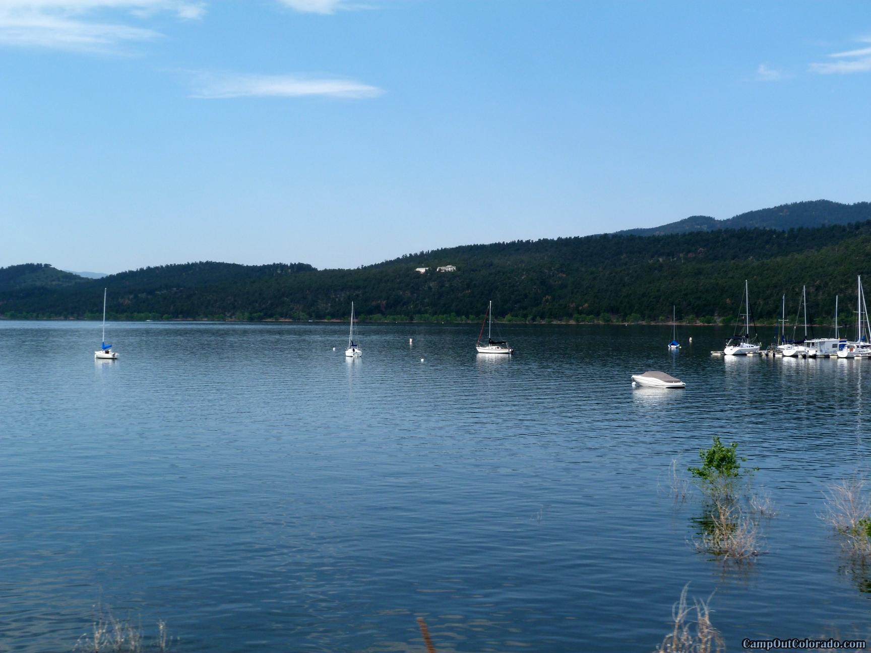 camp-out-colorado-carter-lake-sail-marina