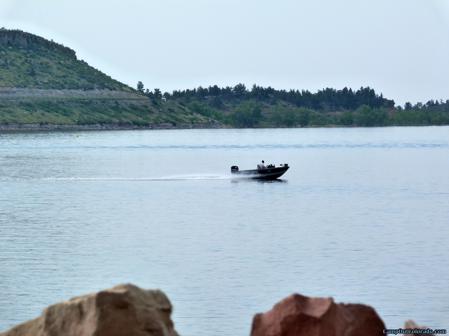 camp-out-colorado-carter-lake-speed-boat