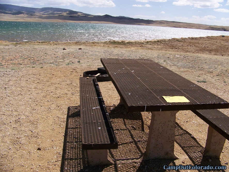 camp-out-colorado-eleven-mile-state-park-campsite-table