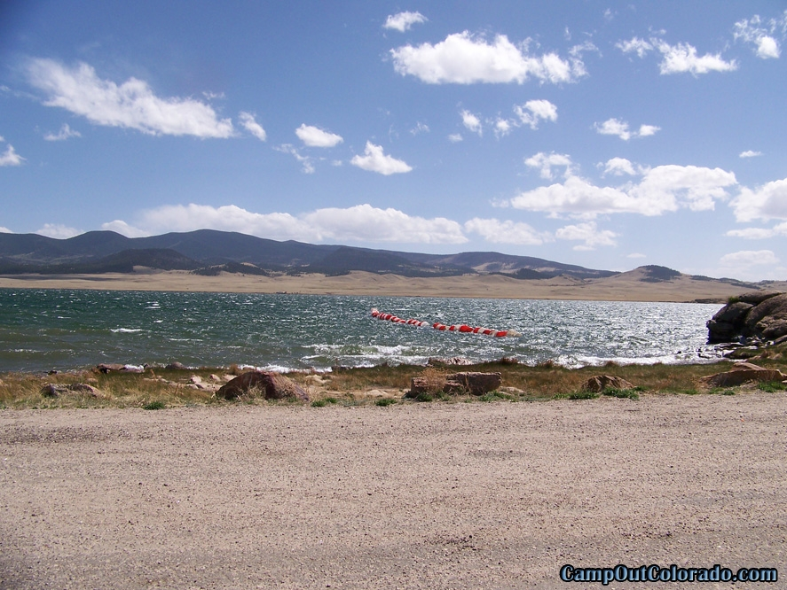 camp-out-colorado-eleven-mile-state-park-lake-side-road
