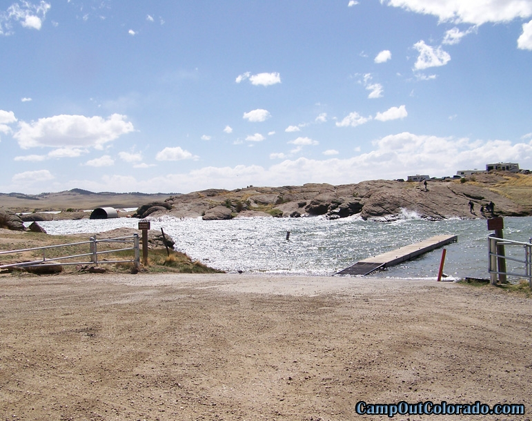 camp-out-colorado-eleven-mile-state-park-small-boat-marina