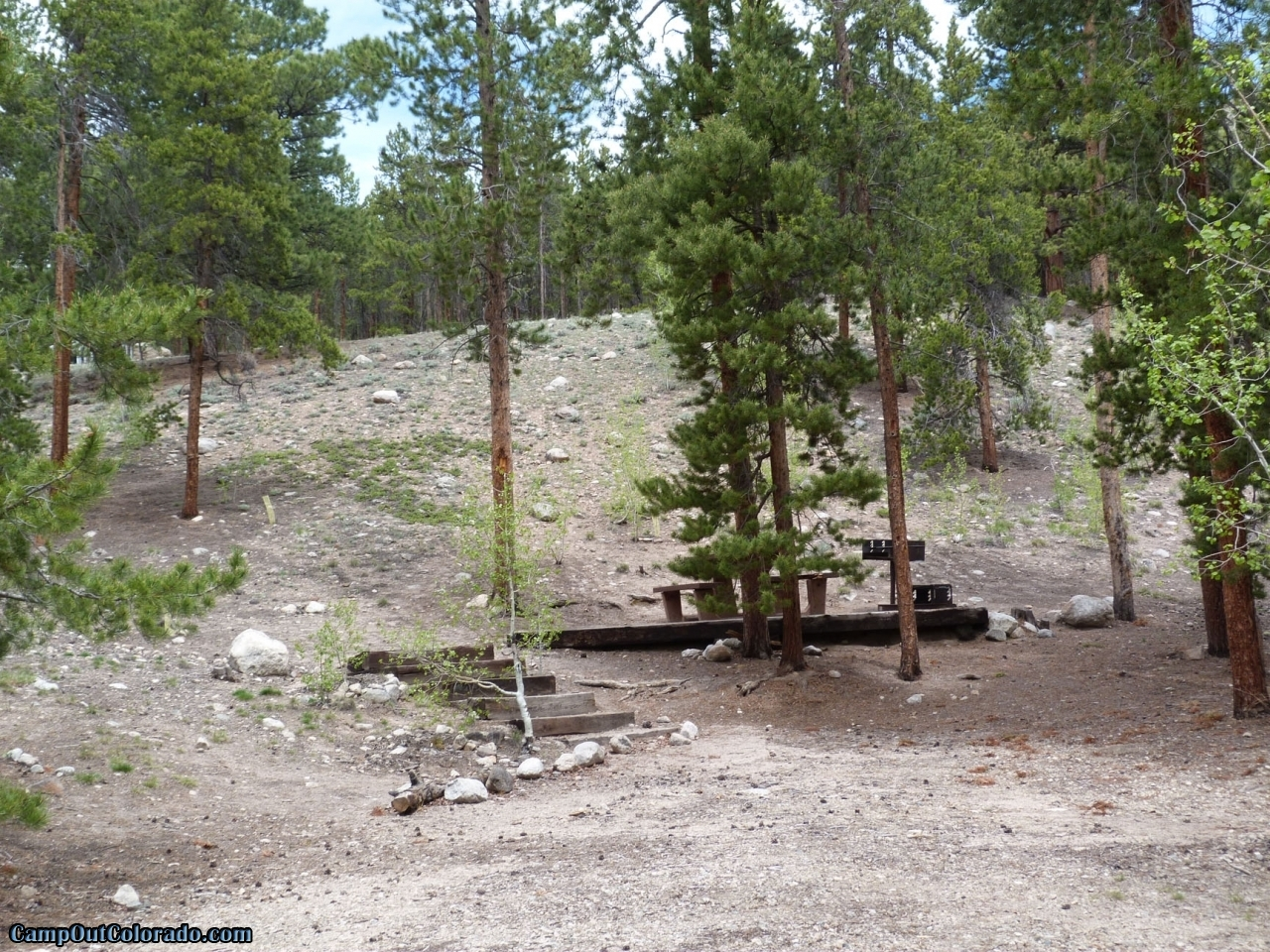 camp-out-colorado-lakeview-campground-make-shift-campsite