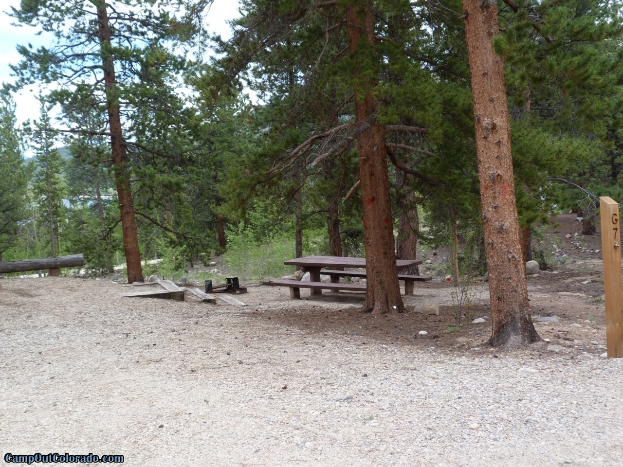 camp-out-colorado-lakeview-campground-steep-campsite