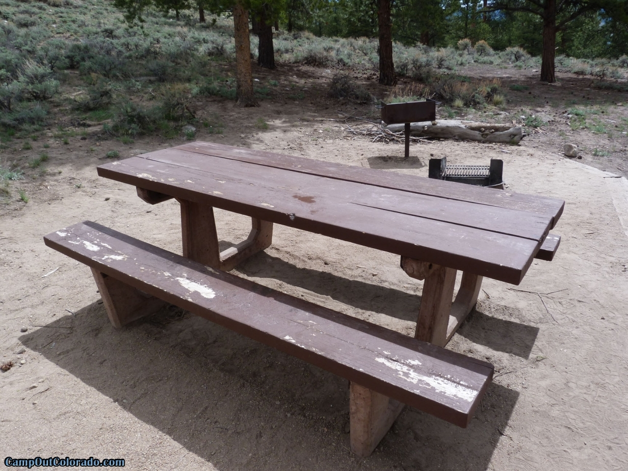 camp-out-colorado-lakeview-campground-table