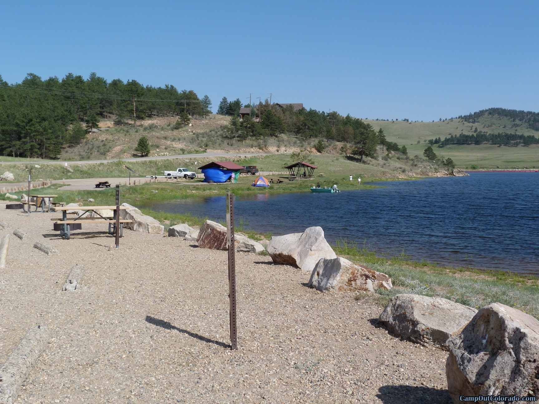 camp-out-colorado-pinewood-lake-side-campsites