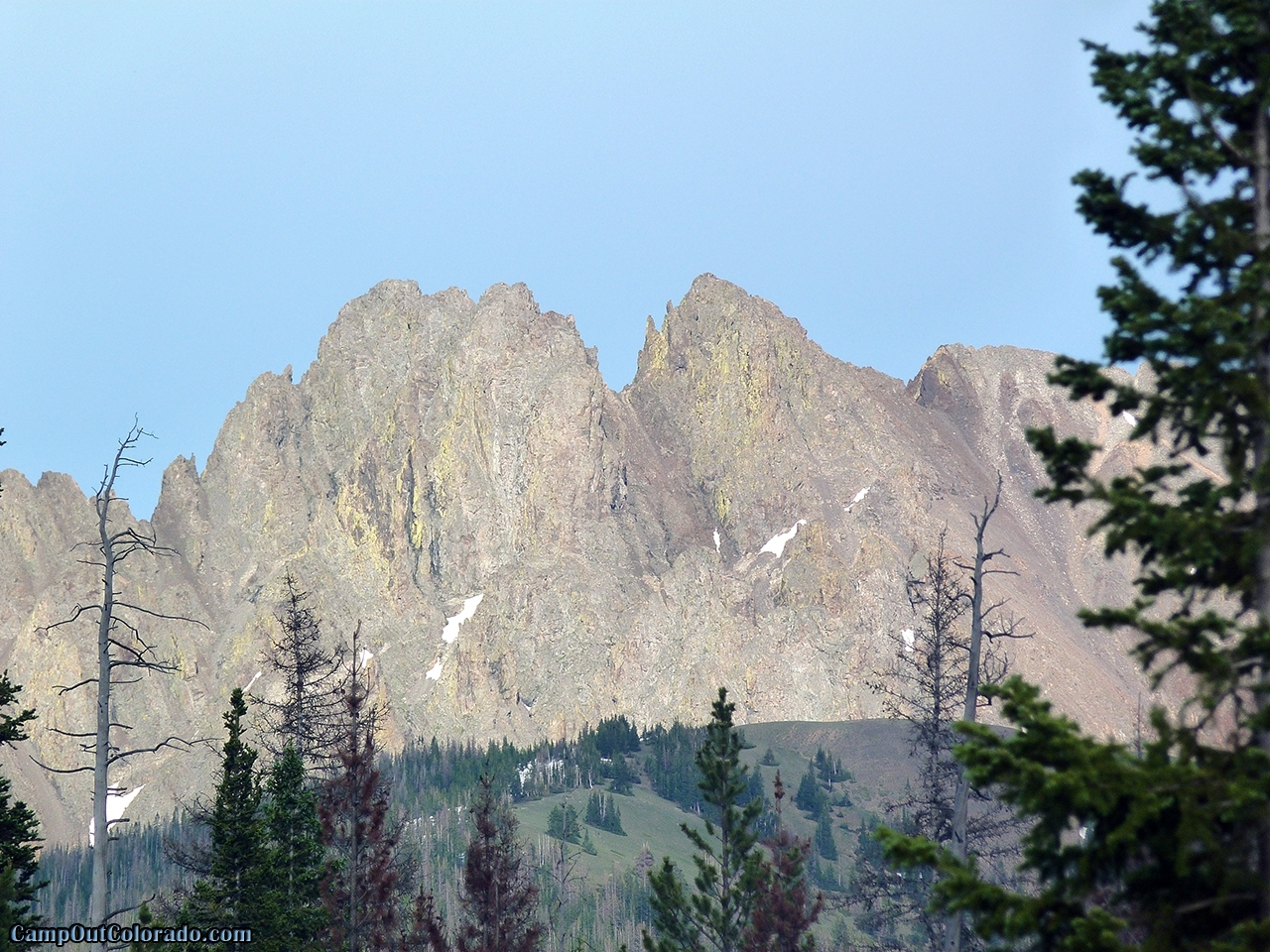 camp-out-colorado-ranger-lakes-campground-mountain-peaks.jpg