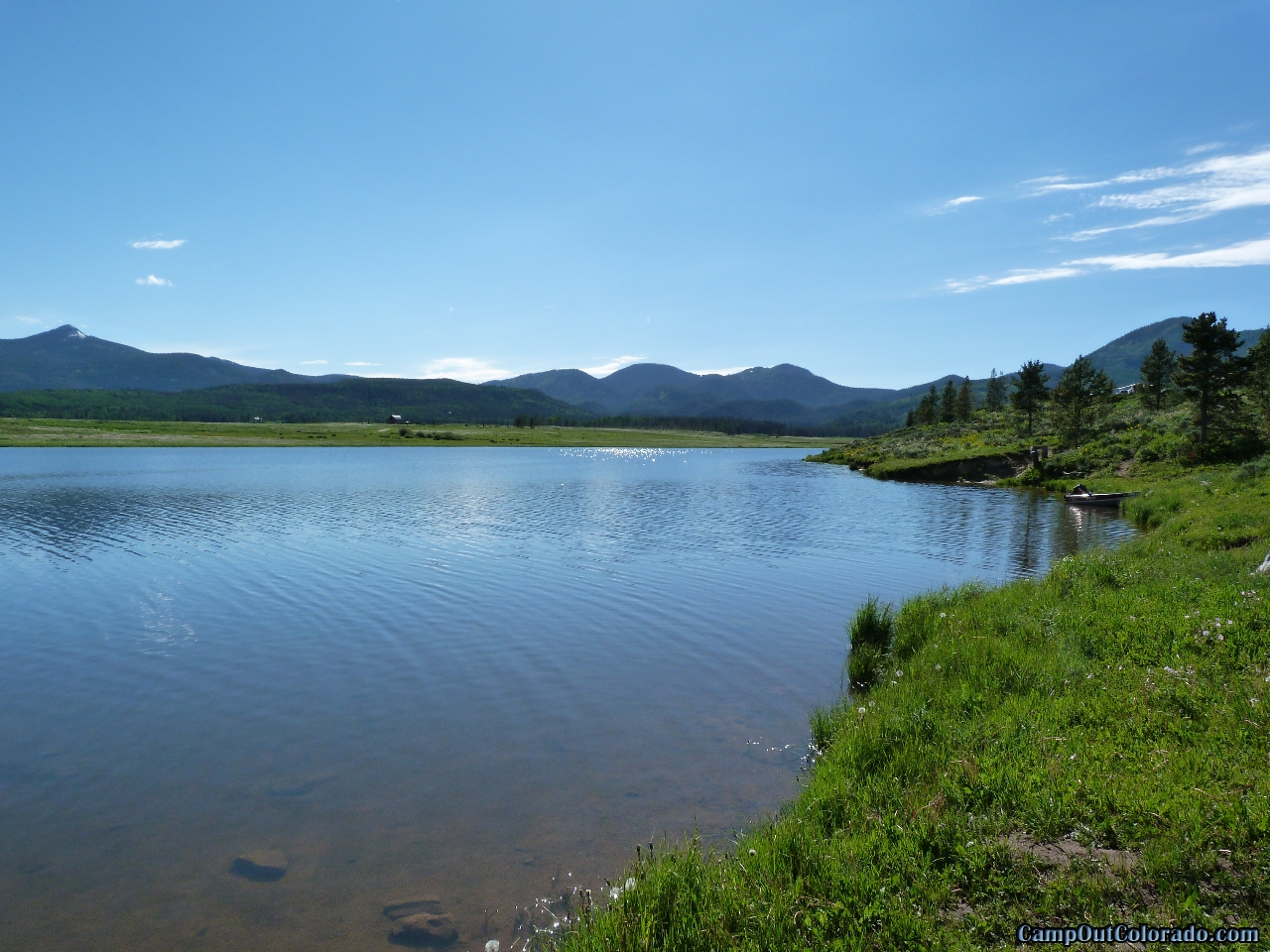 camp-out-colorado-steamboat-lake-campgrounds-near-lake