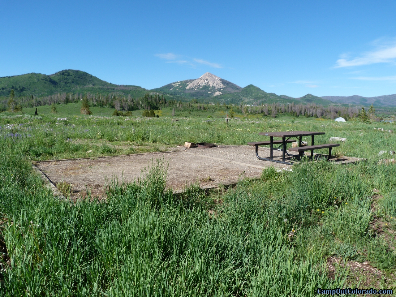 camp-out-colorado-steamboat-lake-campsite