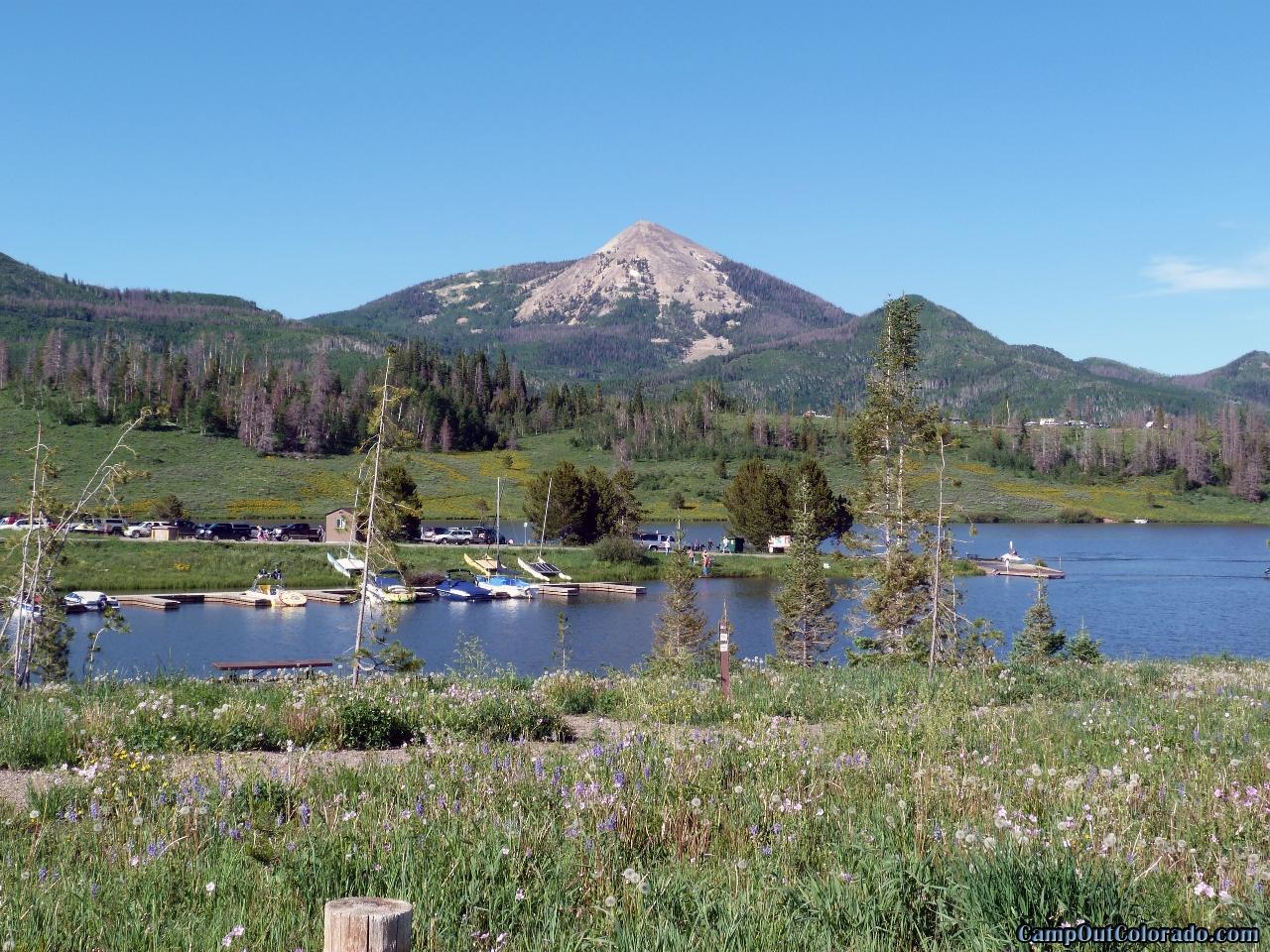 camp-out-colorado-steamboat-lake-marina-boat-ramp