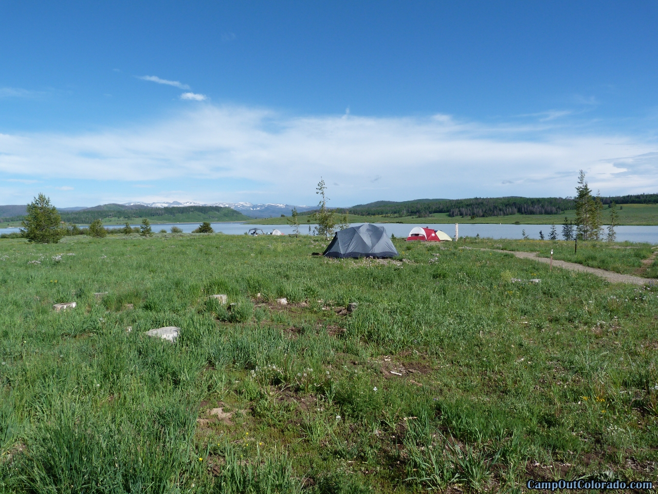 camp-out-colorado-steamboat-lake-walk-in-campsite-spacing