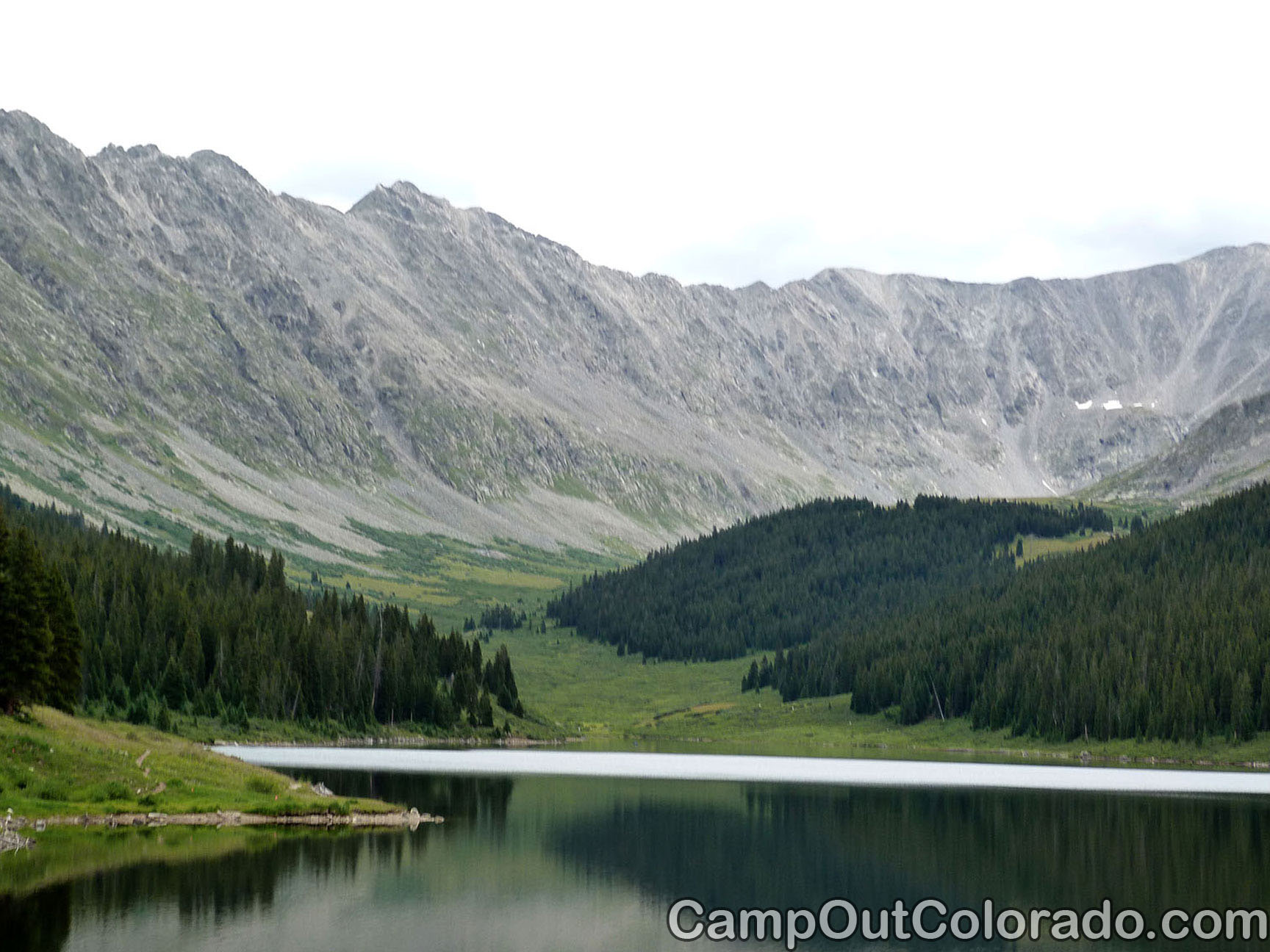 Camp-out-colorado-turquoise-lake-mountain-peaks